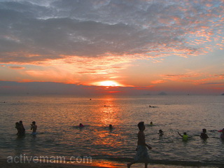 Пляж Ня Чанга в 5 часов утра
