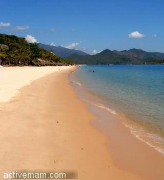 Безлюдный пляж острова Хон Там